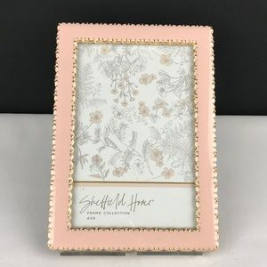 """Sheffield, Pink/Gold picture frame 4""""x6"""". NWT"""
